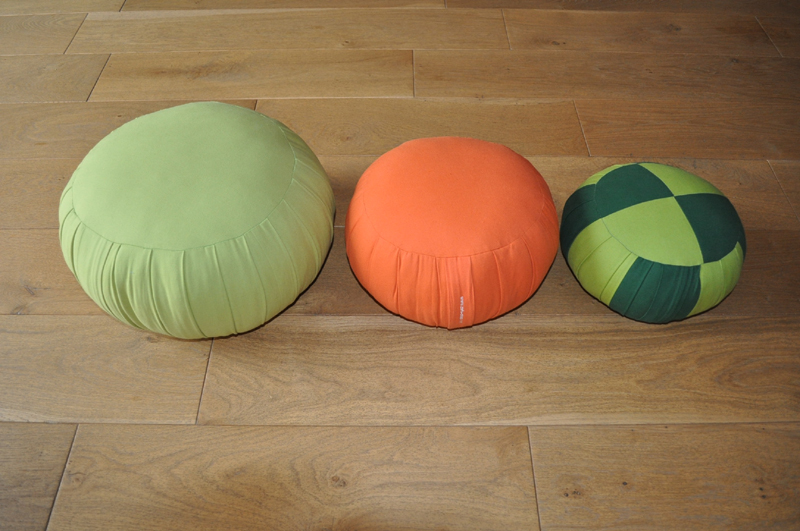 zafus poufs kapok zafu pouf vert anis zafu shop. Black Bedroom Furniture Sets. Home Design Ideas